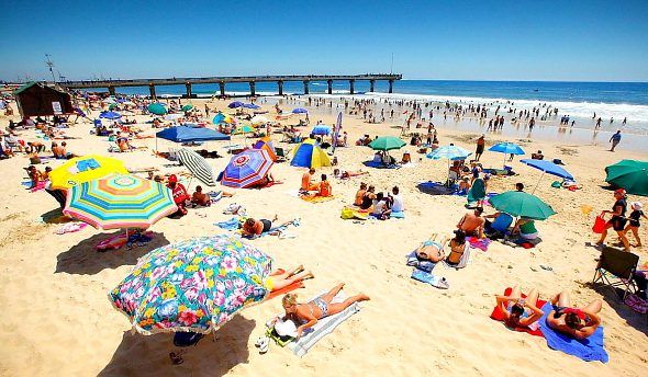 Humewood beach - Online Port Elizabeth Airport Car Hire booking